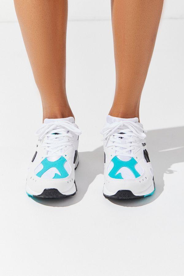 071be46afb17 Slide View  4  Reebok Aztrek Sneaker
