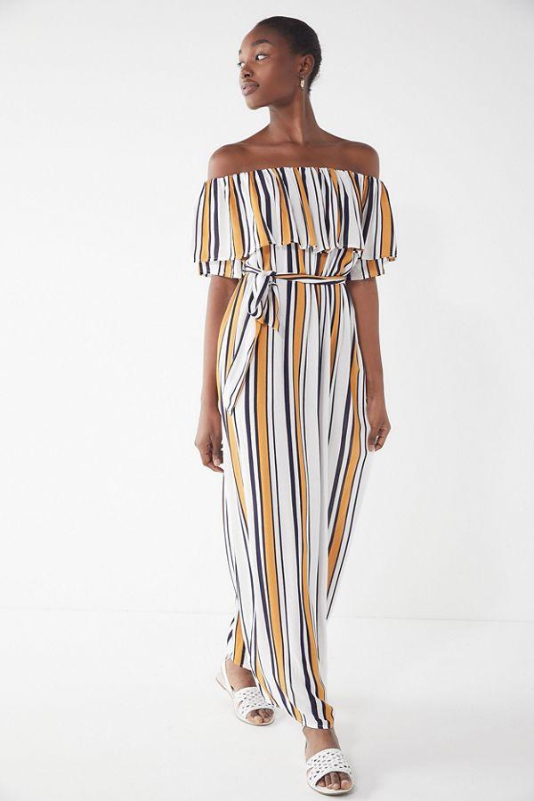 d7784bad6bb1 UO Striped Off-The-Shoulder Maxi Dress
