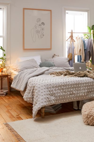 Picture of: Tufted Dot Comforter Snooze Set Urban Outfitters