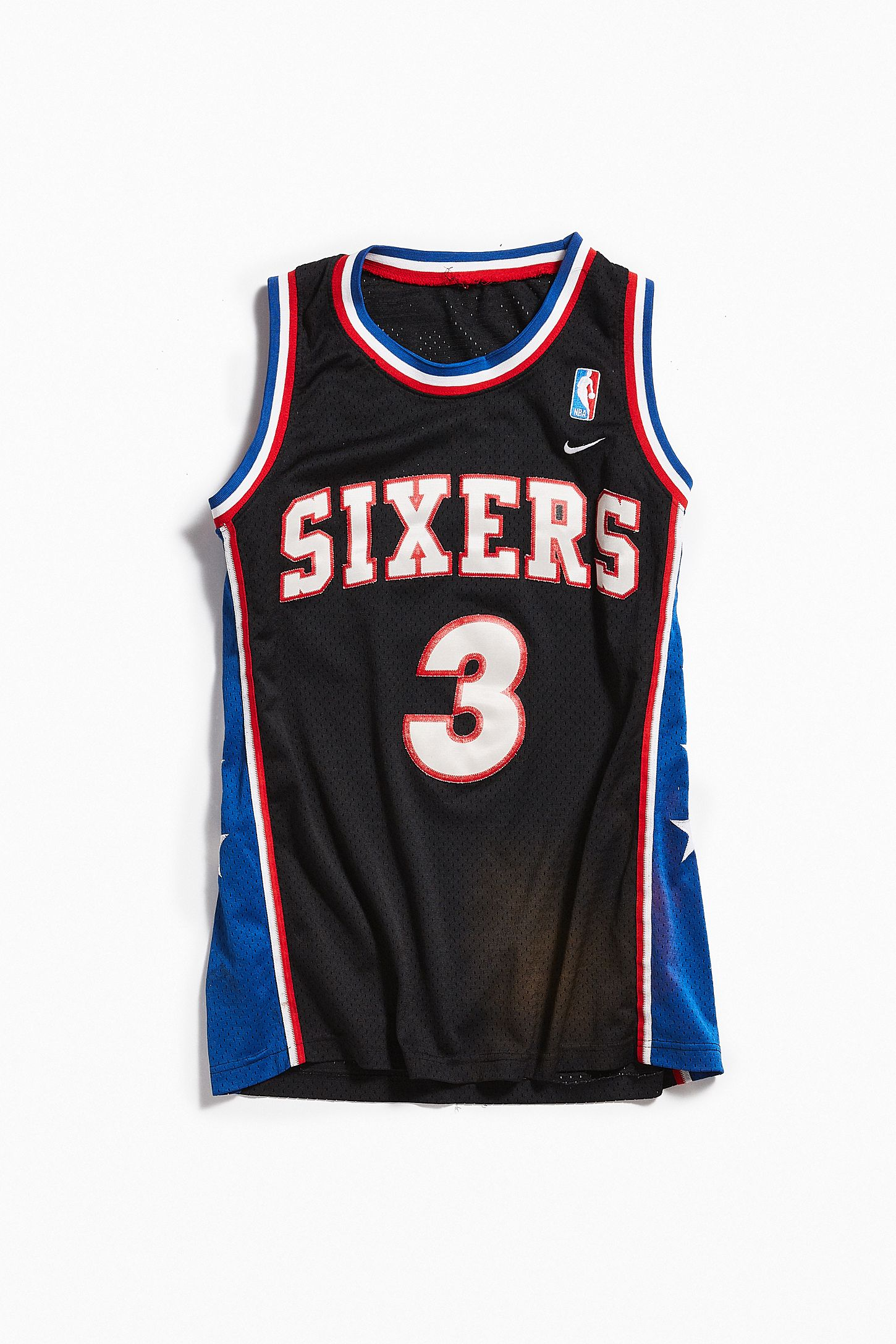 huge selection of c8764 b34e1 Vintage Nike Allen Iverson Sixers Basketball Jersey
