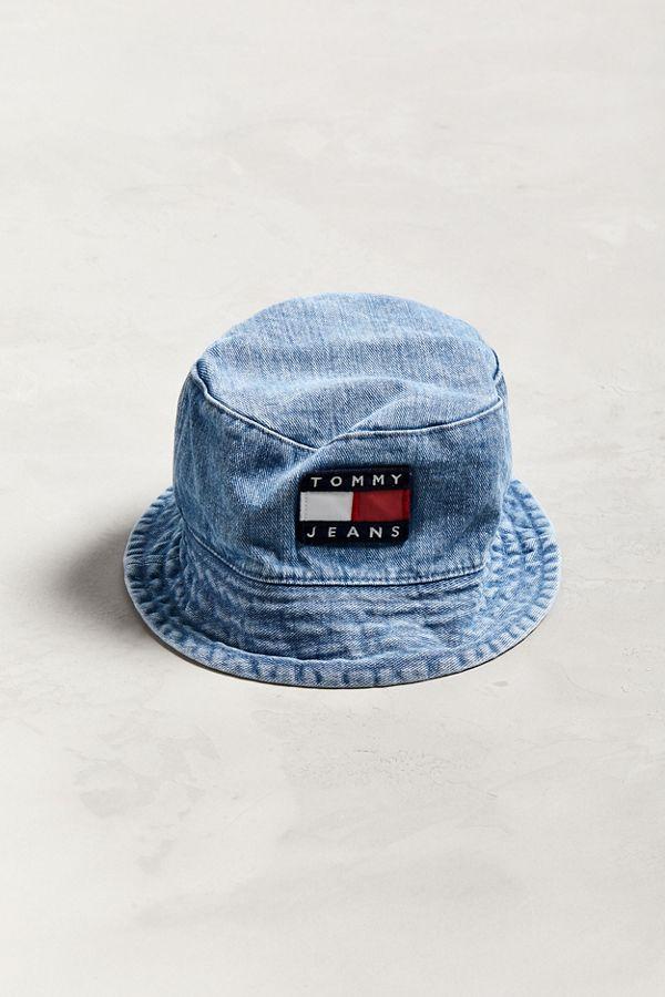 d4ca4b53b35 Tommy Jeans  90s Sailing Denim Bucket Hat