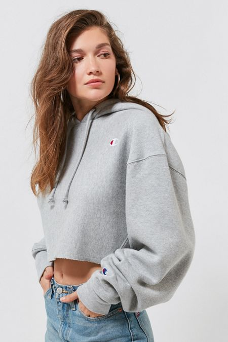 Champion UO Exclusive Cropped Hoodie Sweatshirt 934a99a462