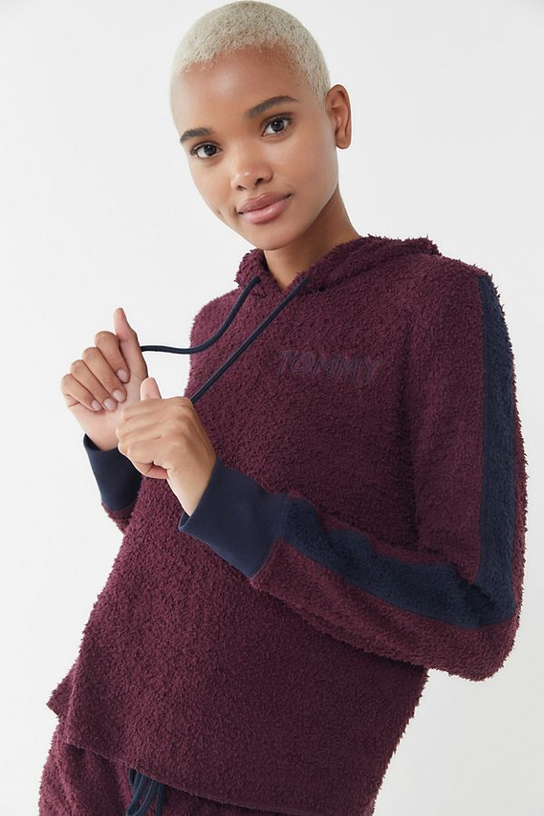 81985906 Slide View: 1: Tommy Hilfiger UO Exclusive Marshmallow Hoodie Sweatshirt