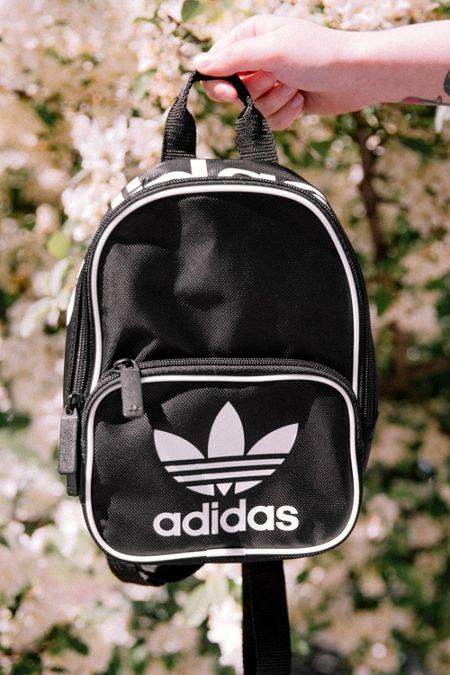 adidas Originals Santiago Mini Backpack d579301334bff