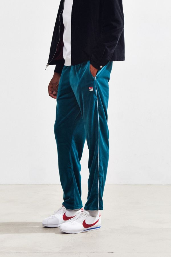 77e5f067c66 FILA Cyrus Velour Sweatpant | Urban Outfitters