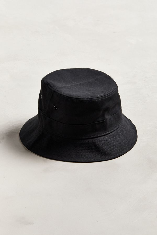 e0220275 UO Canvas Bucket Hat | Urban Outfitters