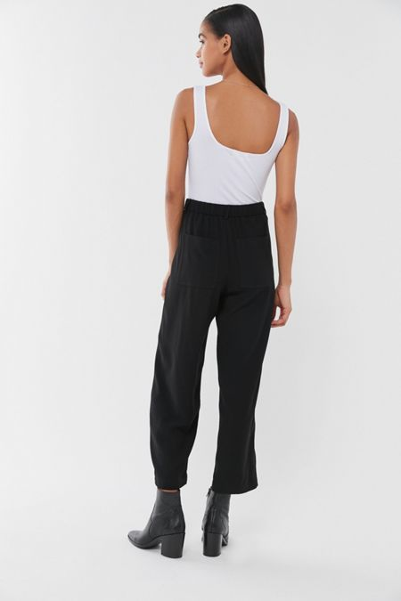 a98a5bed6f UO Arlo Pleated Pant