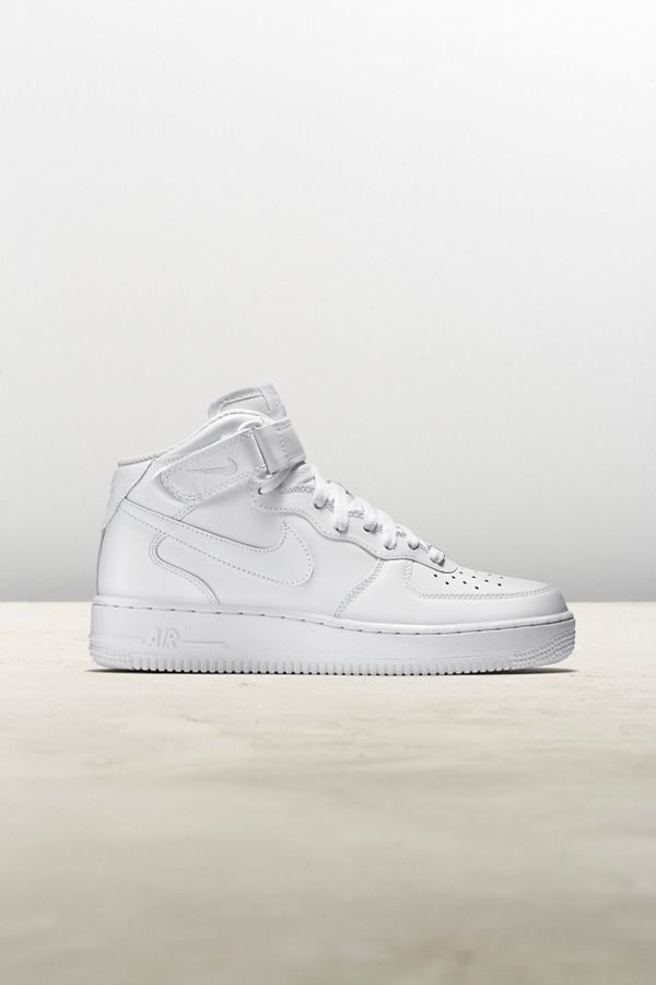 official photos d0bf5 ee3de Nike Air Force 1 Mid '07 Sneaker