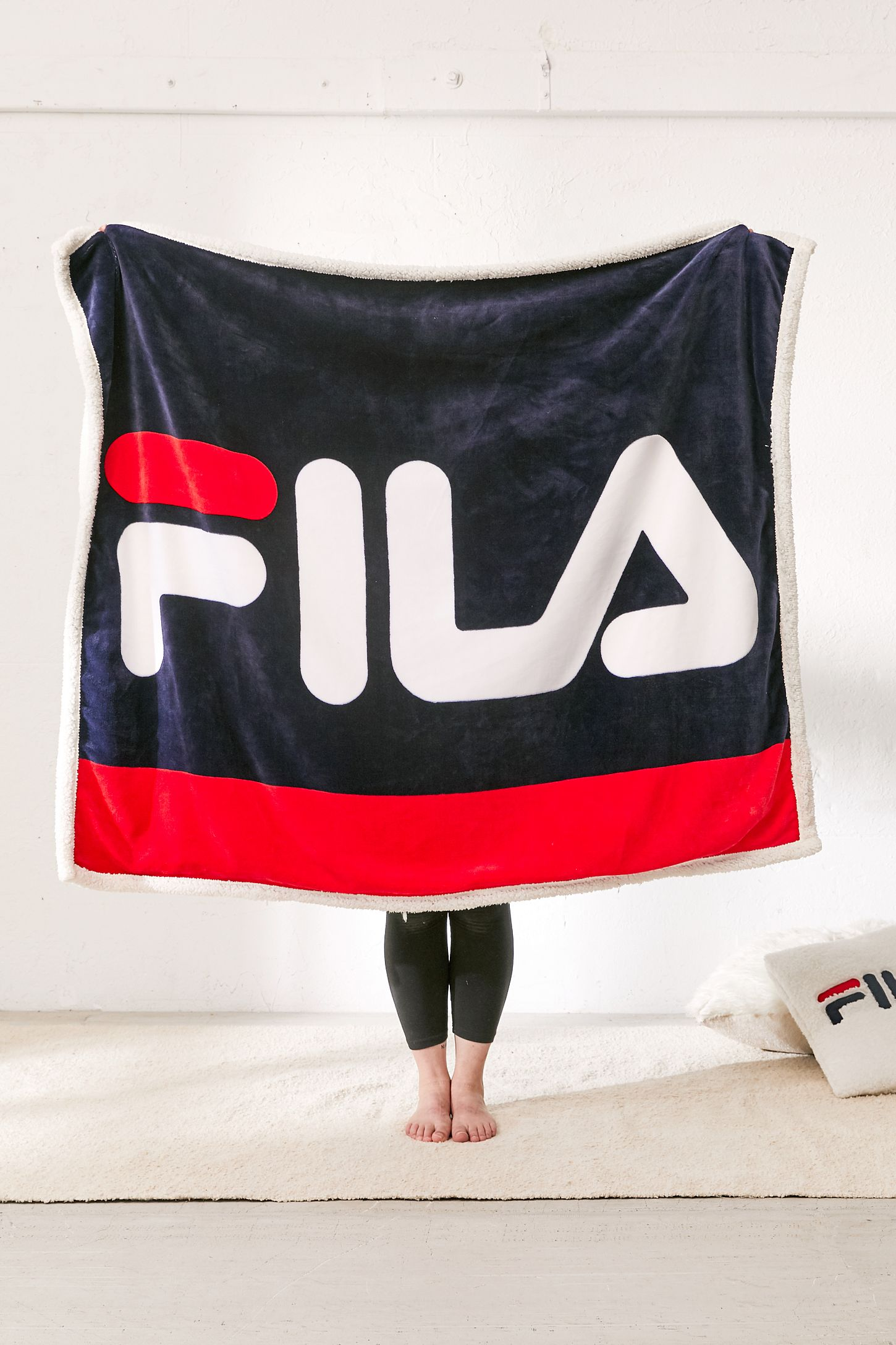 18555a3e7a0f FILA UO Exclusive Sherpa Throw Blanket