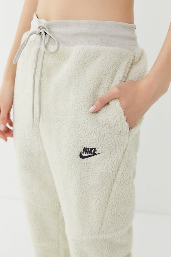 enjoy best price classic style of 2019 pretty cheap Nike Air Sherpa Fleece Jogger Pant