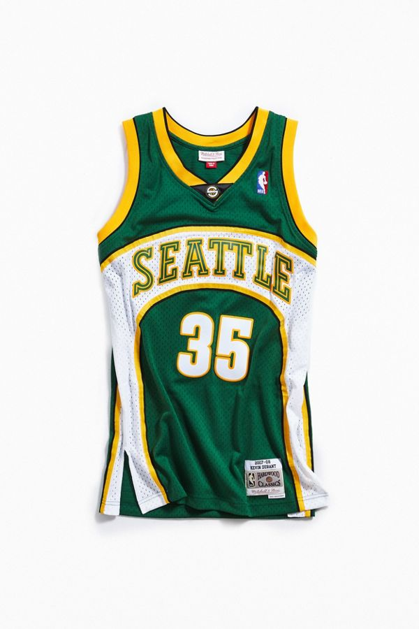 8e0dbb344d0b Mitchell   Ness Kevin Durant 2007 Legacy Jersey
