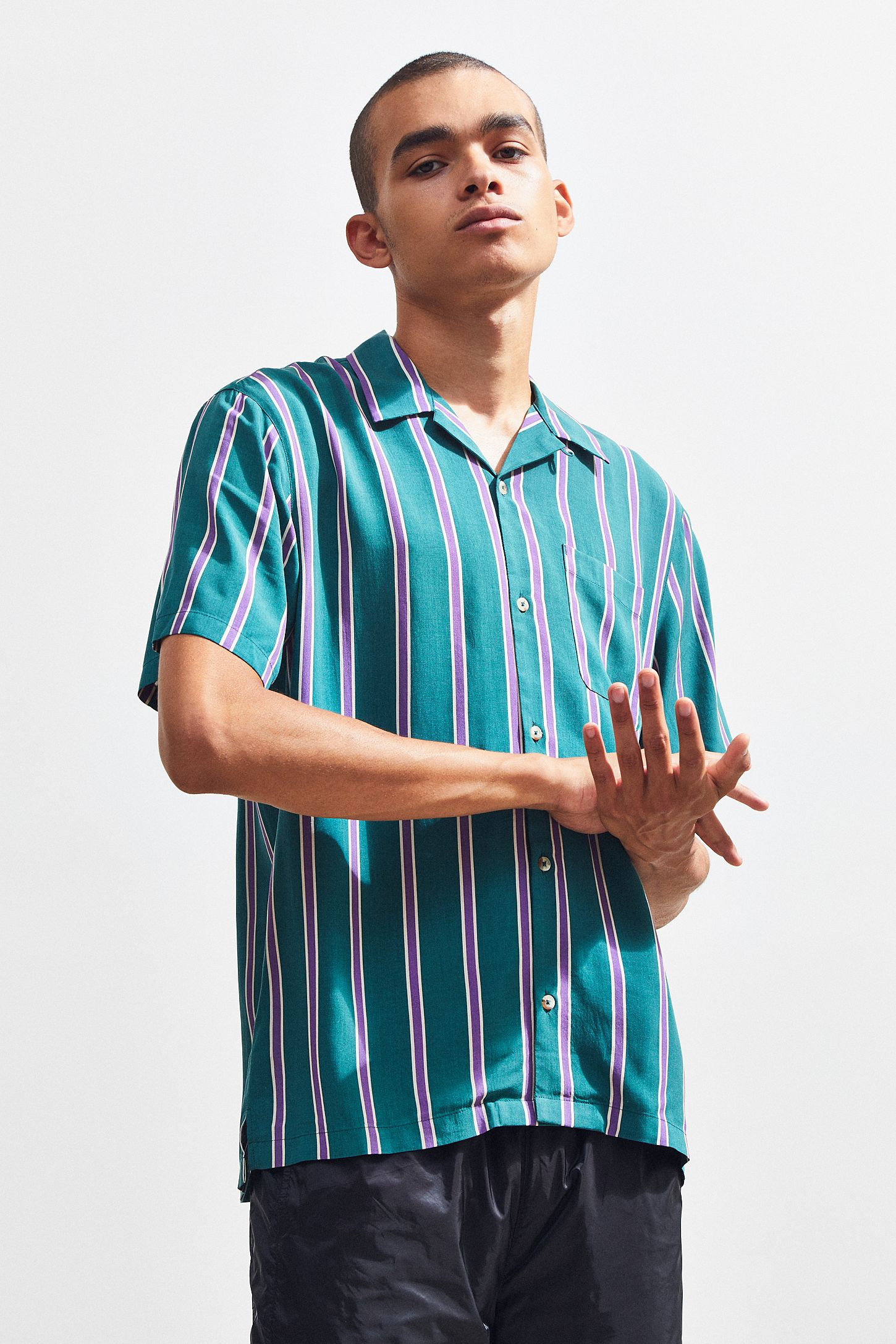 78bc9b1ff UO Vertical Striped Sport Rayon Short Sleeve Button-Down Shirt ...