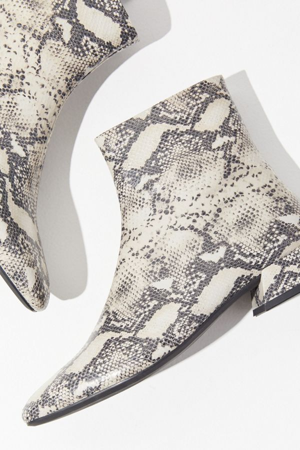 ed9492ce1f3 Vagabond Shoemakers Joyce Snake Boot