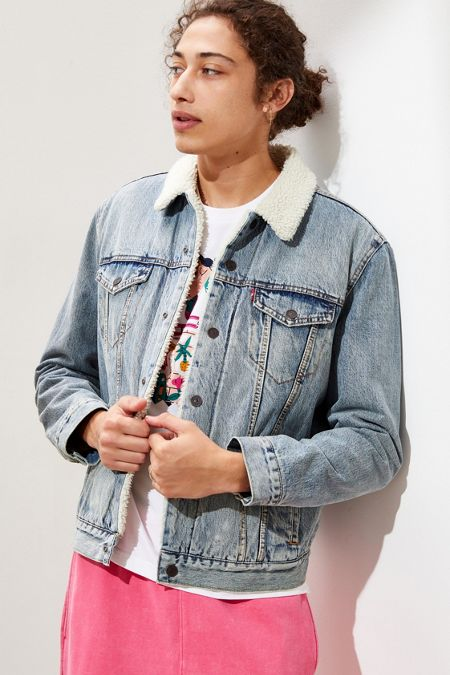 Levi's Men's Jackets, Coats, + Outerwear | Urban Outfitters
