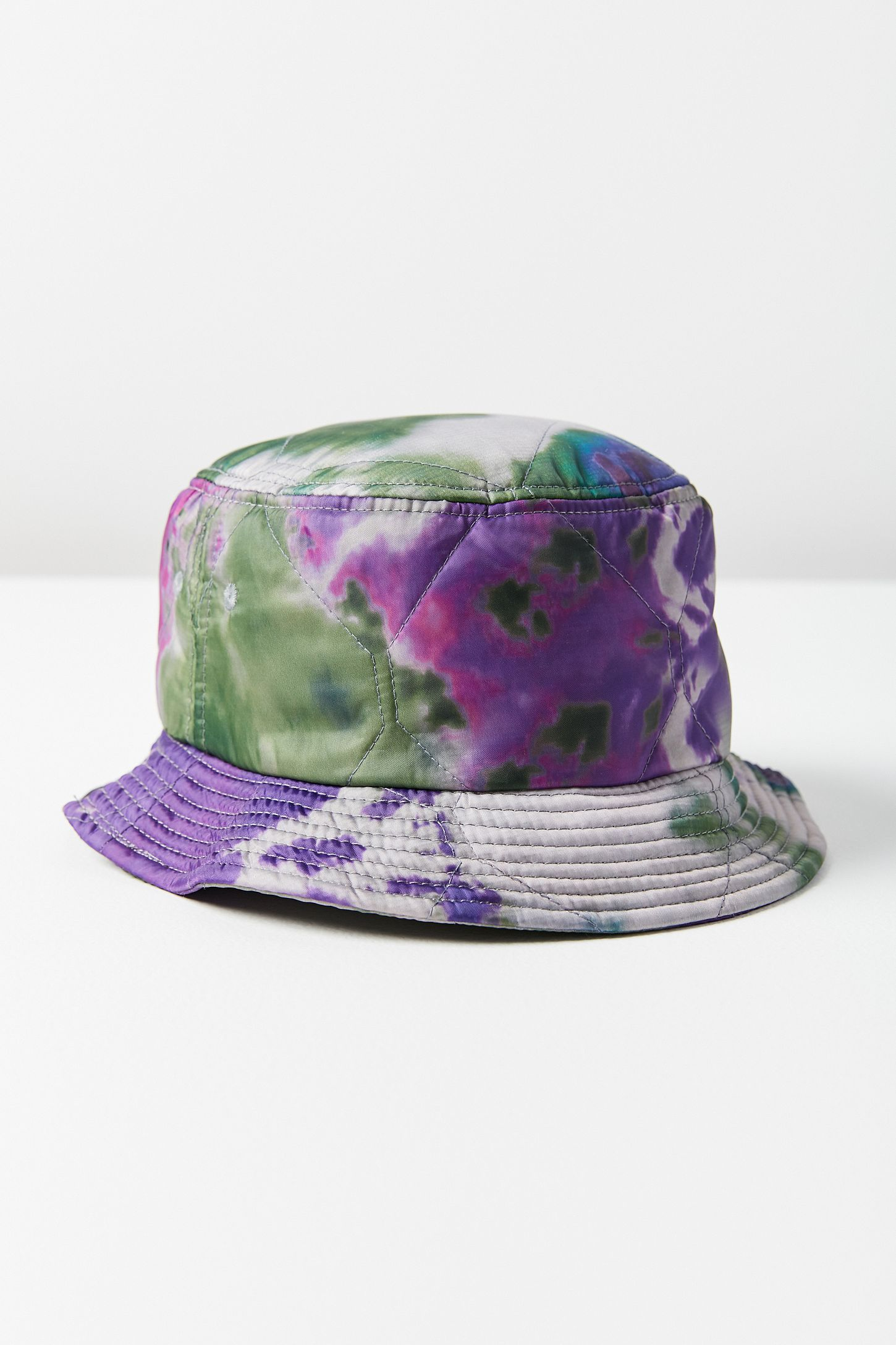 afae48d4c51 Slide View  4  Stussy Curtis Tie-Dye Quilted Bucket Hat
