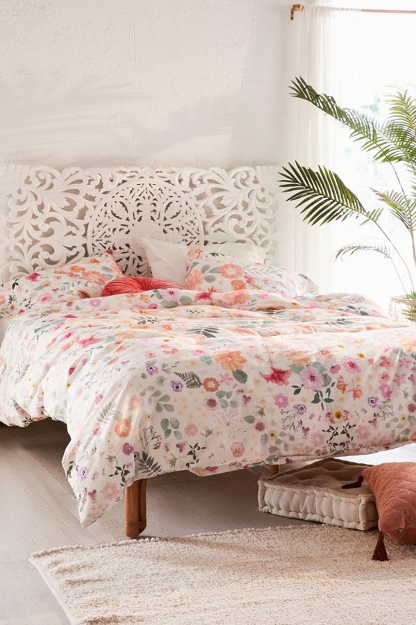 Duvet Covers.Olivia Floral Duvet Cover