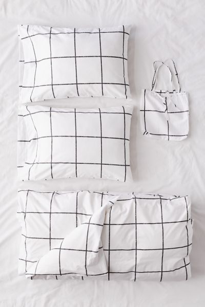 Picture of: Distressed Check Duvet Set Urban Outfitters