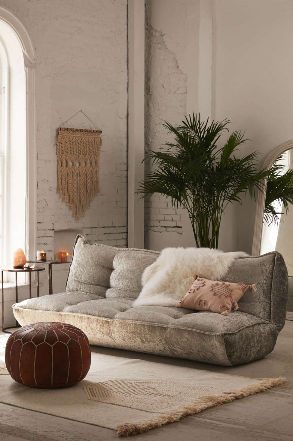 Greta Crushed Velvet Xl Sleeper Sofa Urban Outfitters