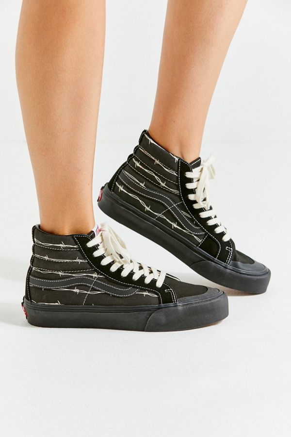 4b3969d8b18621 Slide View  5  Vans Sk8-Hi 138 Decon SF Barbed Wire Sneaker