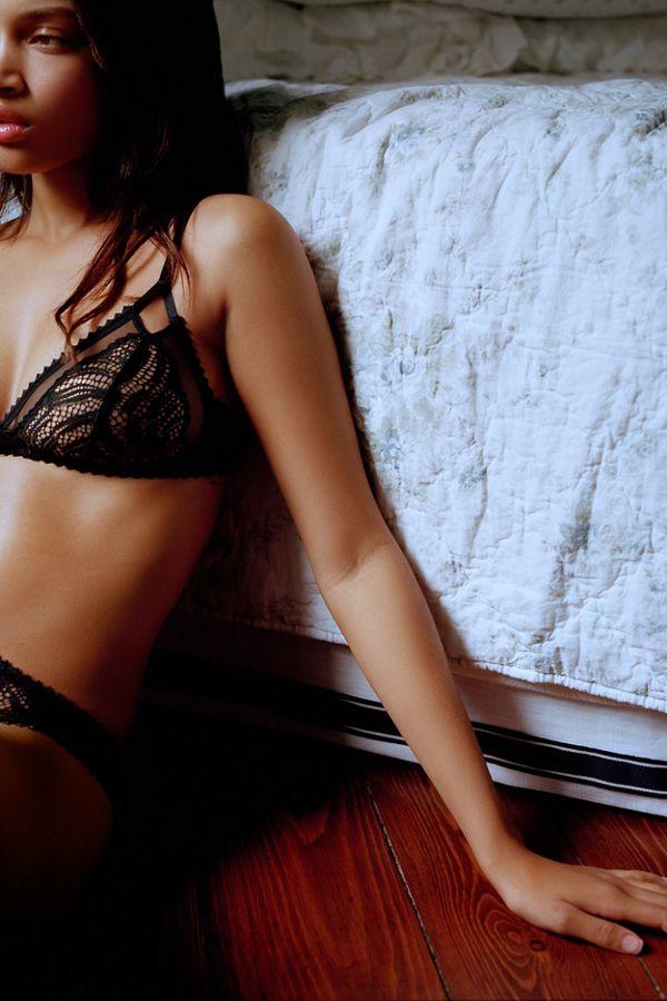 31c4f9bbc1 Calvin Klein Siren Lace Triangle Bralette