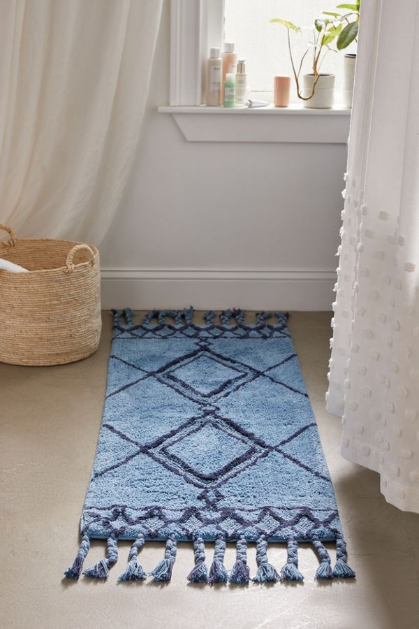 Slide View: 2: Southwest Runner Bath Mat