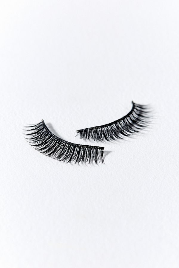 796900a615c Lash Pop Lashes In the Pink Lash Set | Urban Outfitters