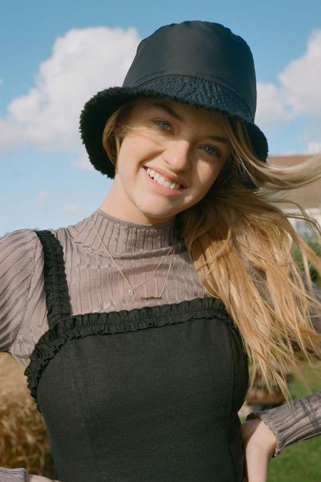 3d7ece7375409 Size S m - Women s Cold Weather Clothes + Accessories Sale