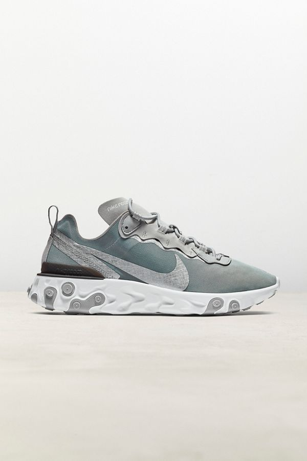 nike femme urban outfitters