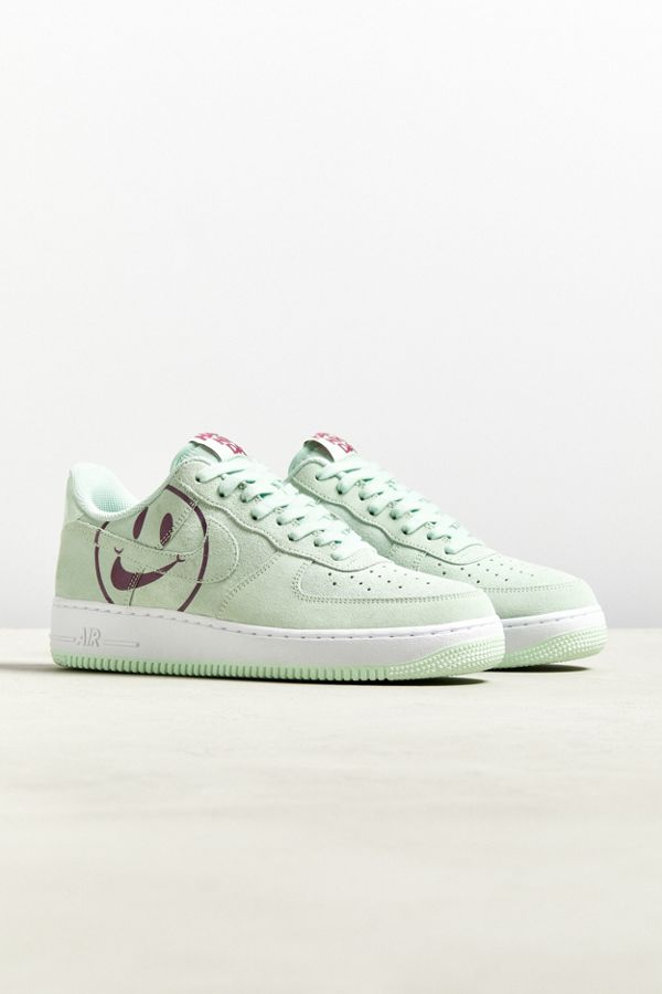 outlet store 6e634 63e3d Slide View  1  Nike Air Force 1  07 Have A Nice Day Sneaker