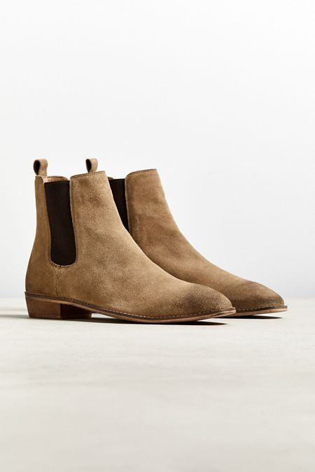 new products 08b56 0b9cc UO Dress Chelsea Boot