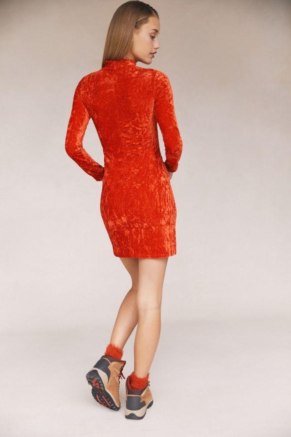 e53437084d44 Slide View  2  UO Ice Crusher Velvet Mock-Neck Mini Dress