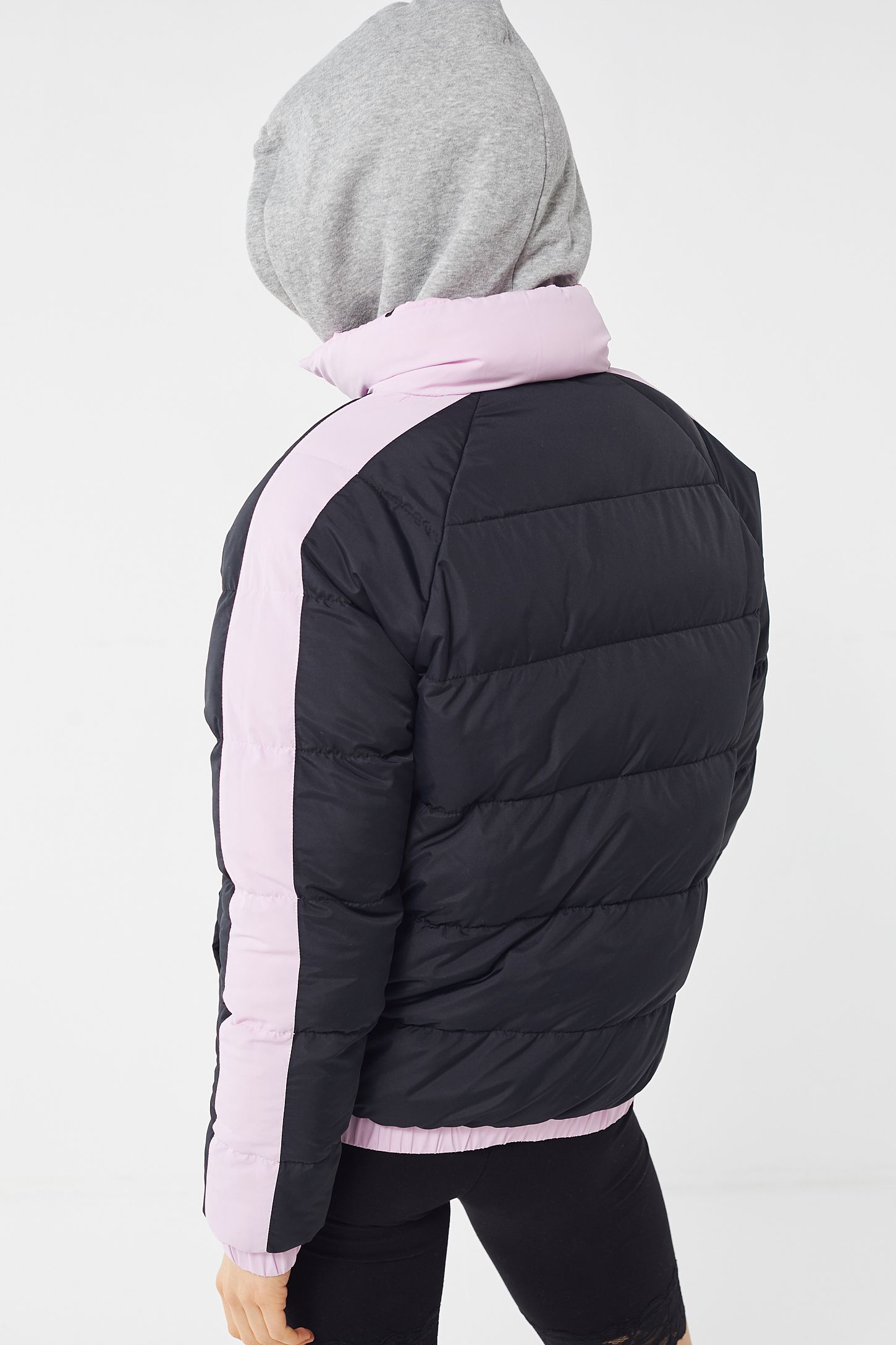 fbb8facc3787 Slide View  6  FILA X Fleamadonna UO Exclusive Beitris Quilted Puffer Jacket