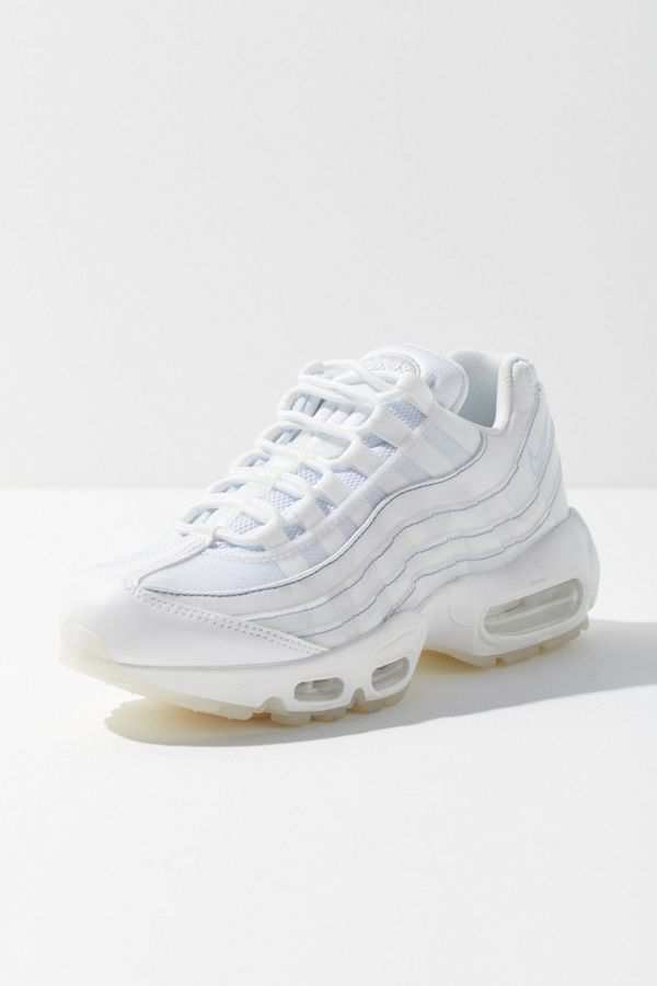 newest collection d3eb1 2b752 nike air max 95 Nike Air Max 95 SE Sneaker   Urban Outfitters