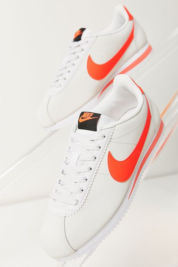 official photos 6d9dc 3fddf Nike Classic Cortez Leather Sneaker
