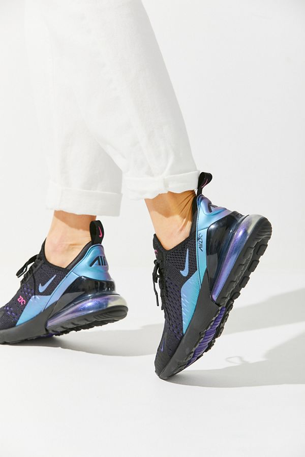 2aee563eb5 Nike Air Max 270 Sneaker | Urban Outfitters