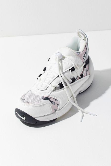 6a68bd20ddddca Nike Air Swoopes II Sneaker