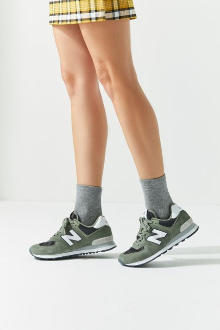 Size W 5.5m 4 New Balance | Urban Outfitters