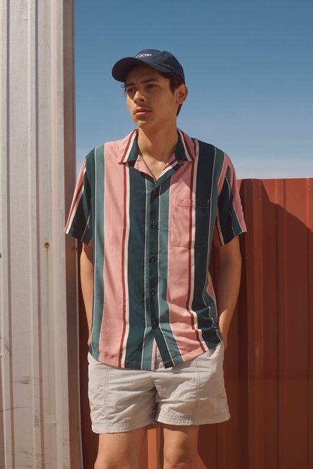 0a7bd35786317 UO Multicolor-Stripe Rayon Short Sleeve Button-Down Shirt