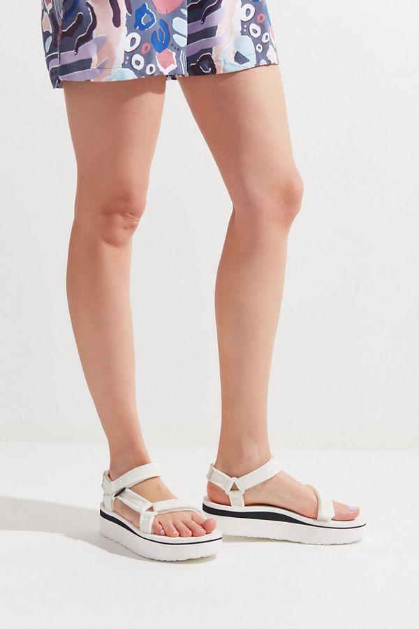 e2e4106fe066 Slide View  1  Teva Flatform Universal Sandal