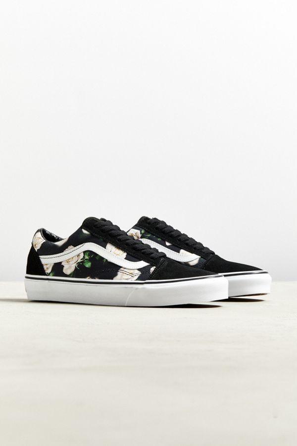 ad62d0dede44 Vans Old Skool Romantic Floral Sneaker