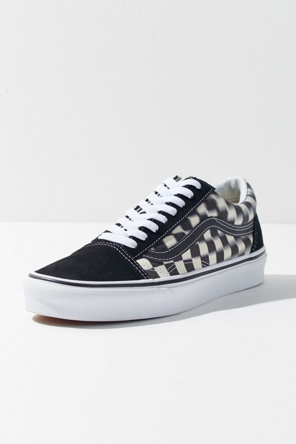 319b59bf7104fc Slide View  1  Vans Old Skool Blurred Checkerboard Sneaker