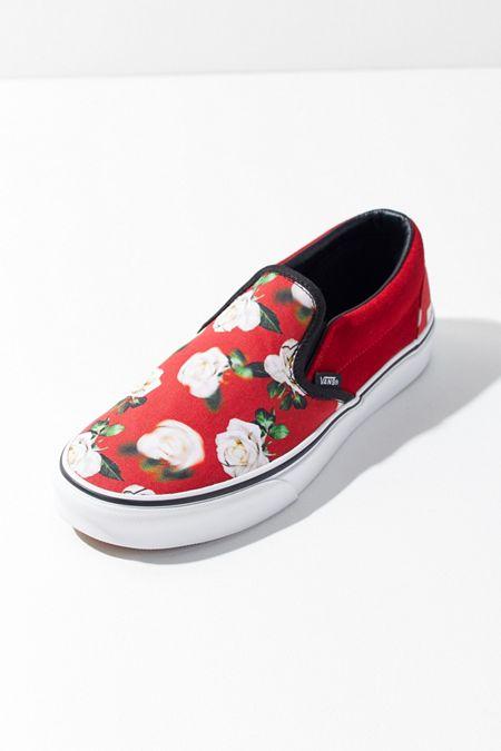 664bddd334 Vans Blurred Floral Slip-On Sneaker