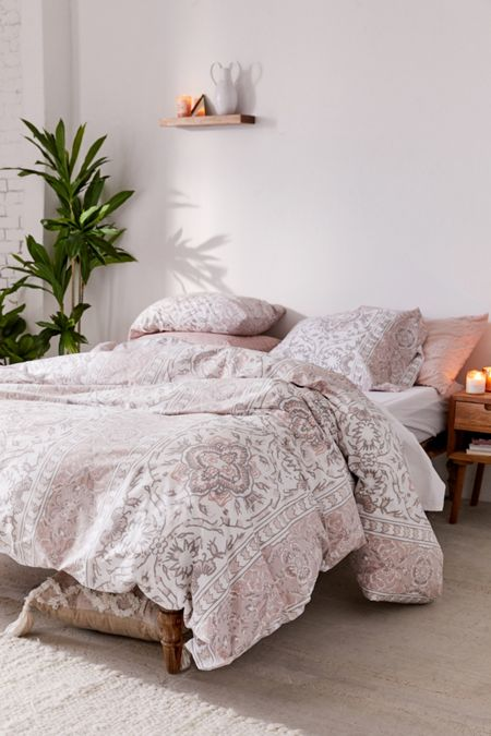 fc2af0d147 Bedding: Duvet Covers, Bed Sets, + More   Urban Outfitters