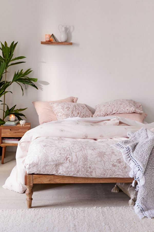 Slide View: 1: Morgan Floral Duvet Set