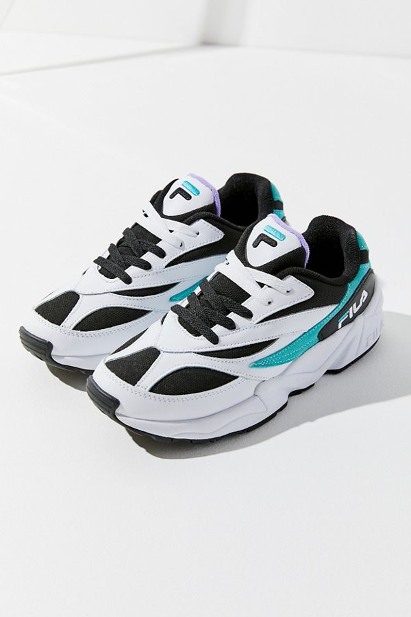 a3569ffec868 Slide View  2  FILA Venom Sneaker