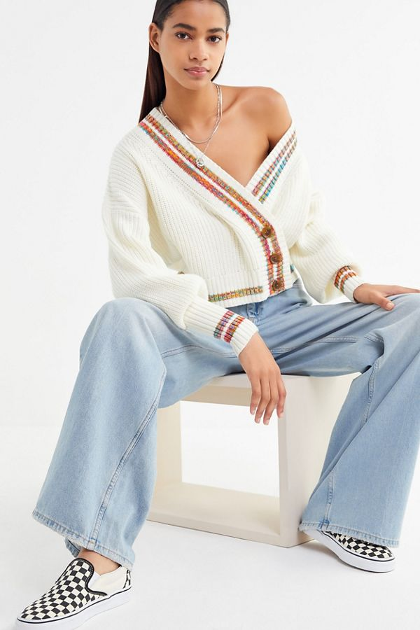 14def4a1f7b1 UO Laura Button-Down Cropped Cardigan | Urban Outfitters Canada