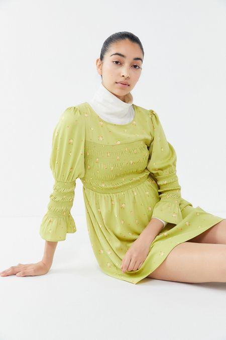 e8fd0cbd75 UO Mabel Floral Smocked Mini Dress