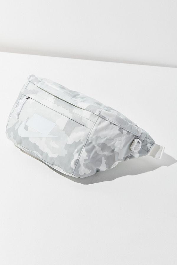 Nike Sportswear Tech Belt Bag