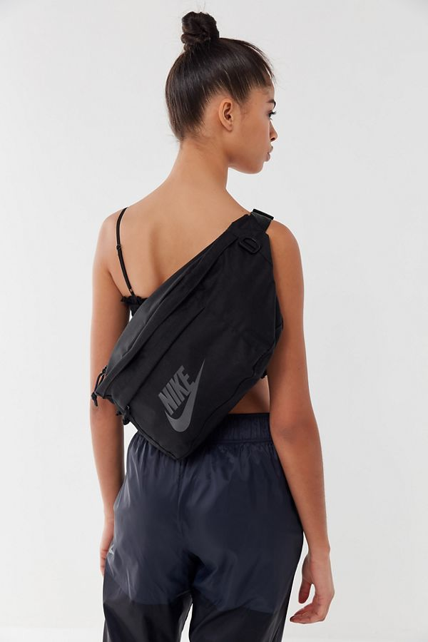 finest selection 0a0e2 4acc2 Slide View  1  Nike Tech Sling Bag