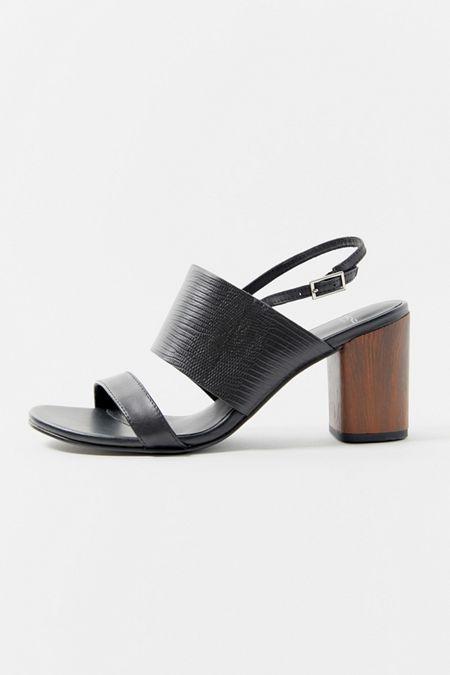 7bd9ccde1500 Vagabond Shoemakers Carol Strappy Sandal